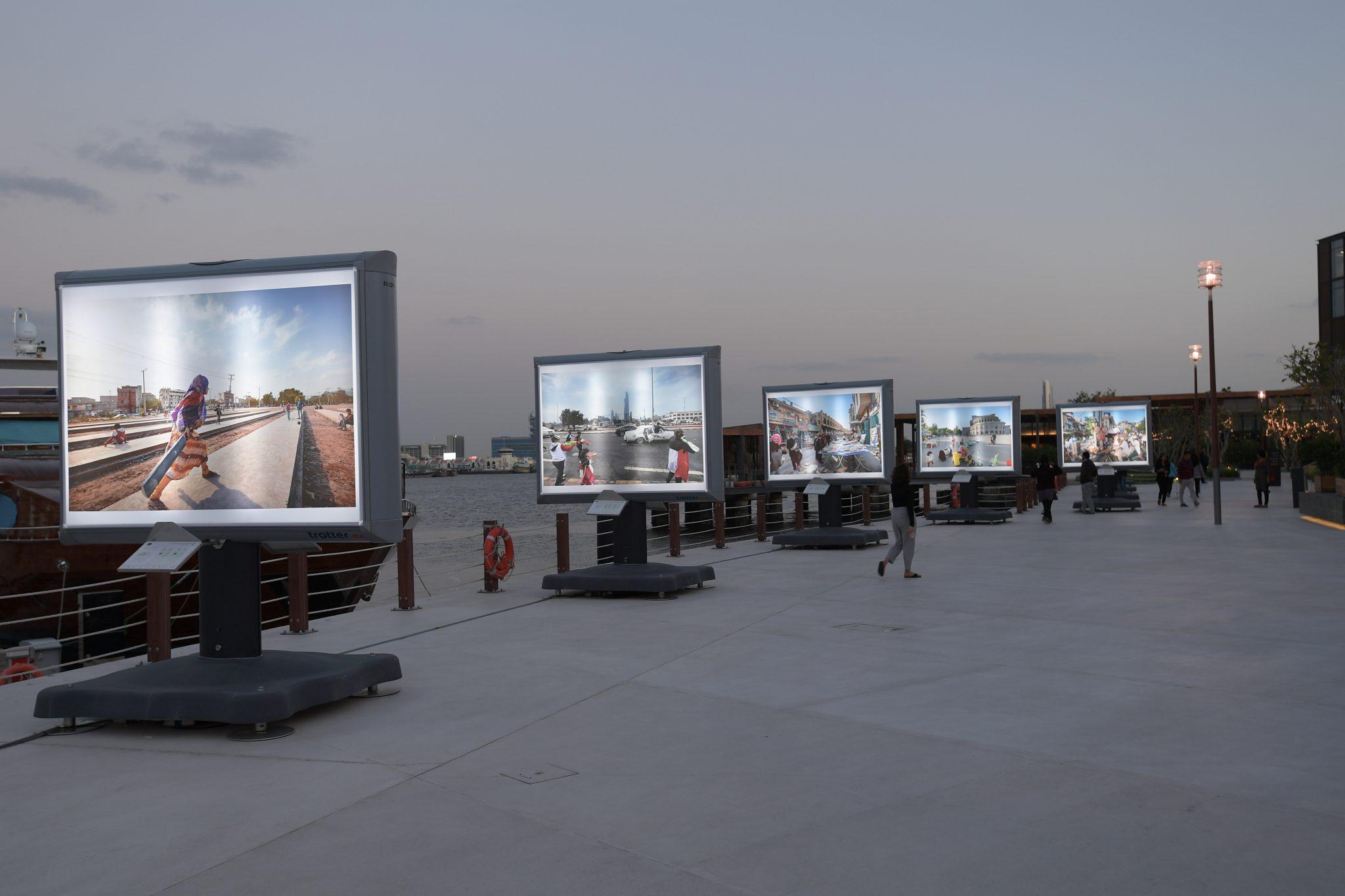 Nederlandse fotograaf opent grootste foto-expositie ter wereld in Dubai